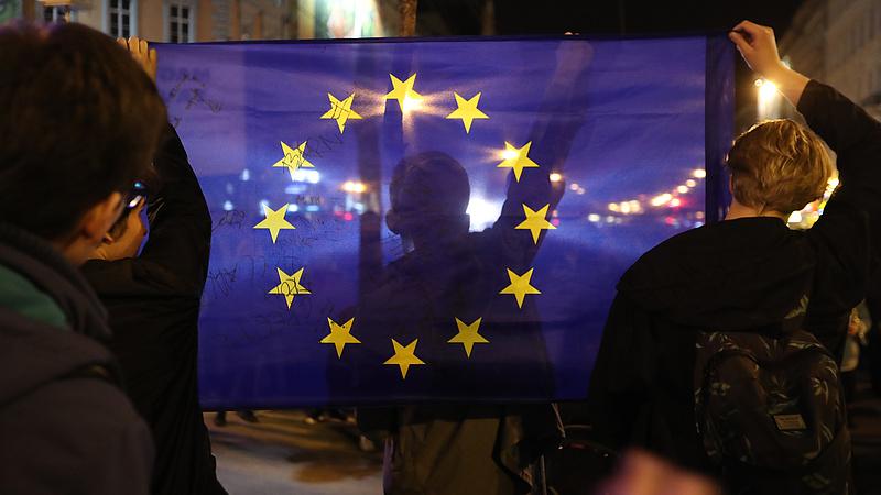 Az EU bővítéséről beszél Áder