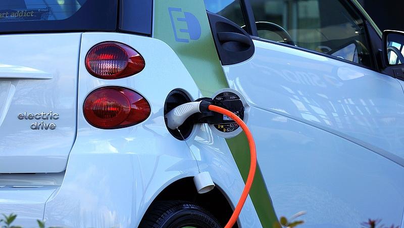 Egyre népszerűbbek az elektromos autók