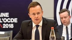 Szijjártó megmondta, ezt várja el Magyarország