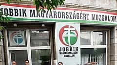 Szakad a Jobbik? Többen kilépnek a pártból