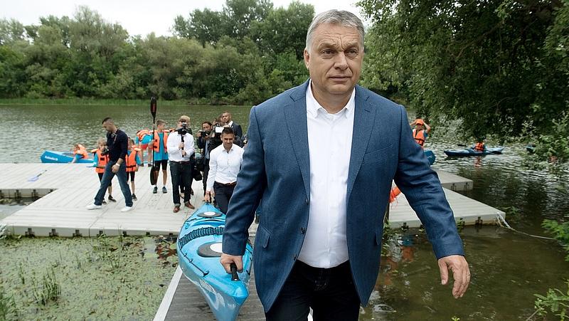 Orbán: A hazaszeretet szolgálják a sportberuházások
