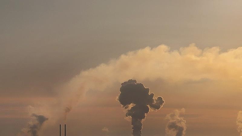 Légszennyezés: több magyar városban nem javasolják a szabadban tartózkodást