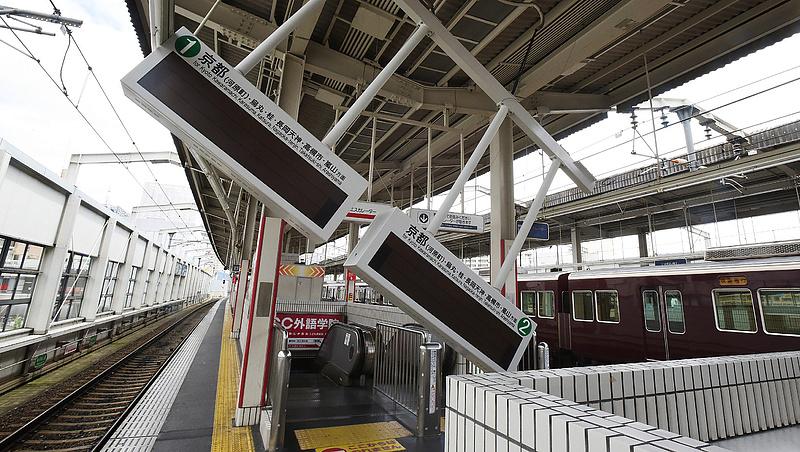 Japán földrengés: halálos áldozatok is vannak
