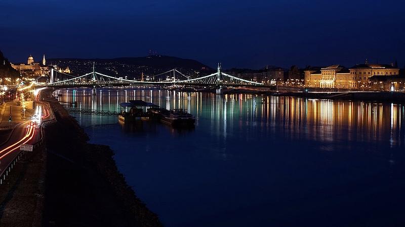 Rengeteg ledes lámpát szerelnek fel Budapesten