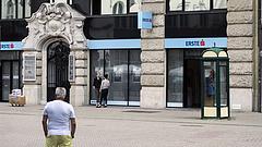Minden ügyfelet figyelmeztet az Erste, a CIB és a Budapest Bank - erre érdemes készülni!