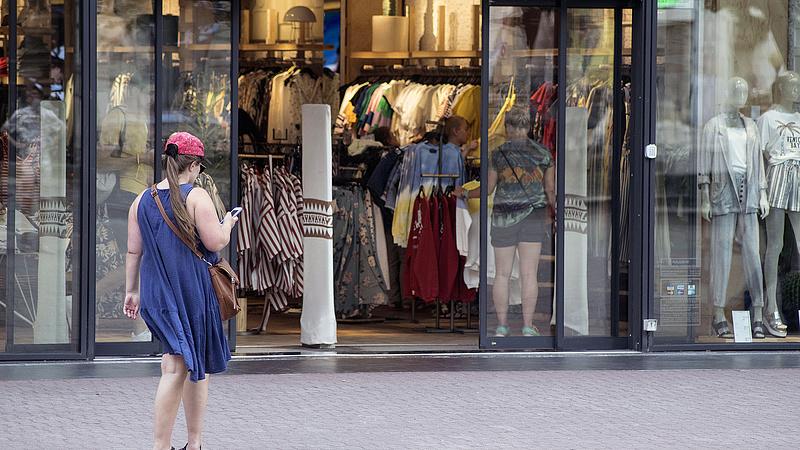 Kiderült: ennyi fizetést ajánl a Zara, a H&M és a C&A