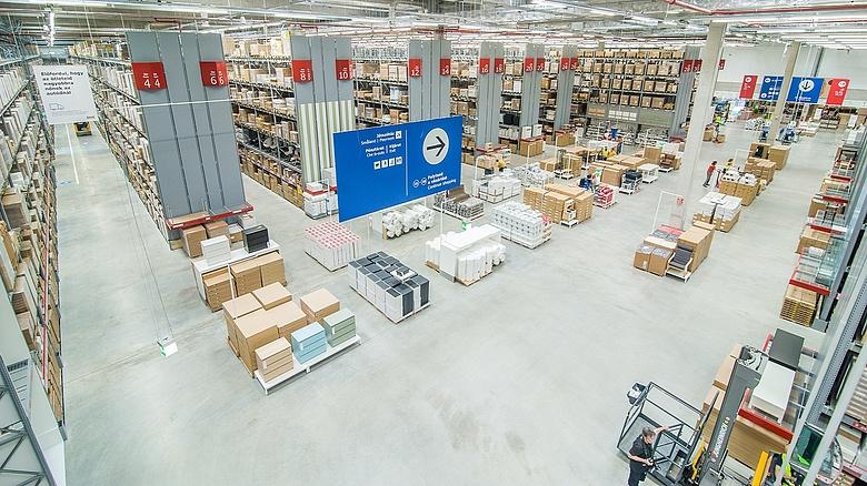 Változás a magyar Ikeánál  új vásárlói program és létszámbővítés ... 2476967e76