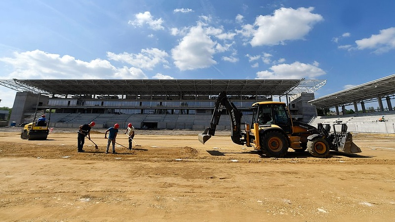 Újabb közel kétmilliárd a Vasas stadionra