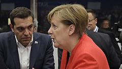 Mentőövet dobtak Merkelnek - áttörés jöhet menekültügyben