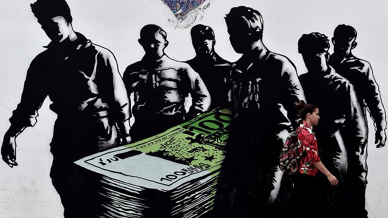 Dobogós Magyarország: ömlik a pénz Kelet-Közép-Európába