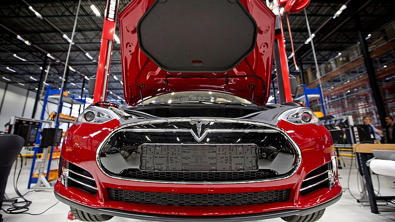 Csúnyán beleköptek a Tesla levesébe