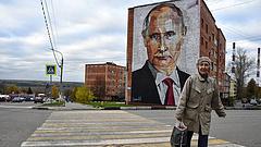 Putyin bekeményített, de a tűzzel játszik