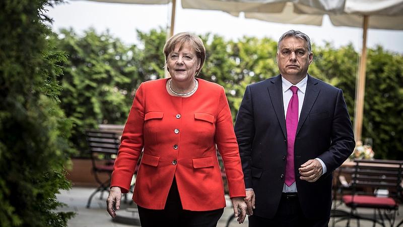 Orbán Berlinből üzent menekültügyben (bővített)