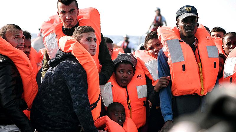 Migráció - az emberek menekülnek az éhség, a reménytelenség elől