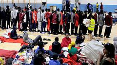 Menekültek - együttműködést szorgalmaz Afrikával Merkel és Sánchez