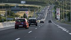 Kegyetlen sarcot kaptak a magyar autósok - ez az EU-ban is szemet szúr