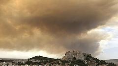 Athéni tűzvész: már legalább ötvenre nőtt a halálos áldozatok száma