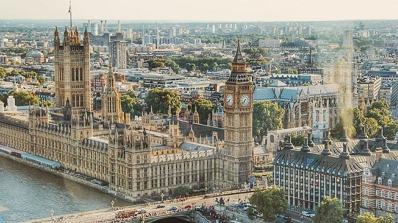 Nem lehet megtörni a brit kormányt