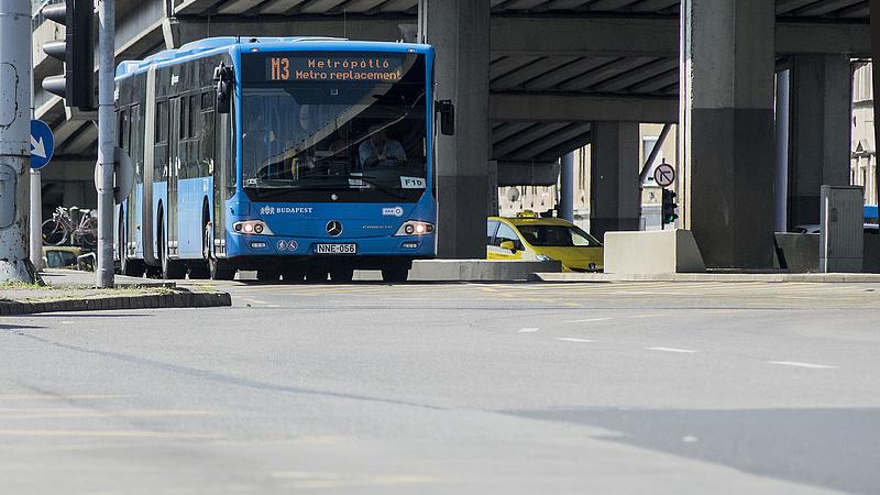 Hárommilliárdért vehet buszokat a BKV jövőre