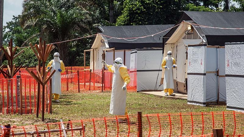 Ebolajárvány miatt aggódik a WHO - baj van az oltóanyaggal