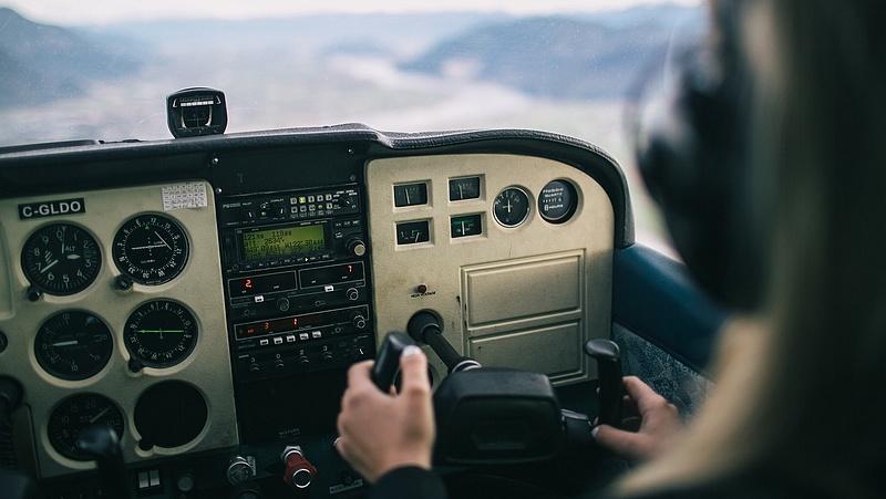 Vállalkozni lehet a Készenléti Rendőrség helikoptereinek a fenntartására
