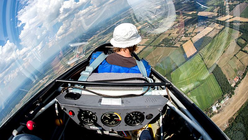 Több mint egymilliárdba kerül a nyíregyházi pilótaképzés