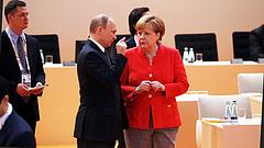 Erről beszélt Merkel és Putyin a tárgyalás előtt