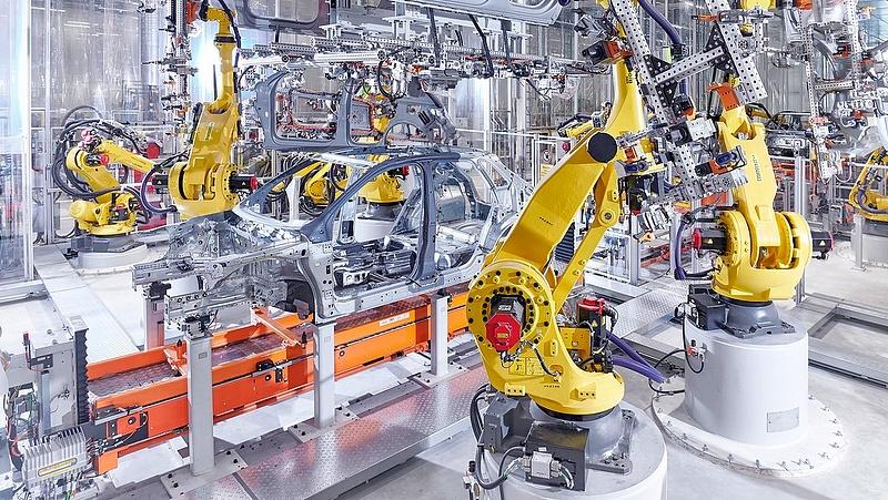 Audi-sztrájk: áll a gyár, de a munkáltató nagyon elfoglalt