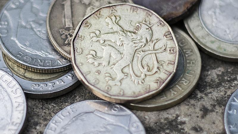 Nagy nyugdíjemelés jön januártól - Csehországban