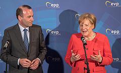 Dugába dőlhet Merkel nagy terve