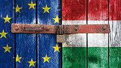 Már fogadhat rá, mikor lép ki Magyarország az EU-ból
