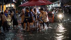 Száz fölé emelkedhet a Fülöp-szigeteki tájfun áldozatainak száma