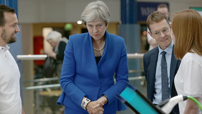 Brexit: a kormány még nem döntött, de már kitört a lázadás