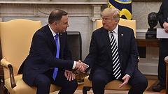 Nem csak a magyarok keresik Donald Trump kegyeit a régióban
