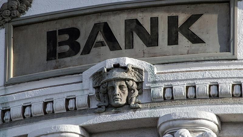 Bankszámlája van? Azonosítsa magát, különben nem fér a pénzéhez