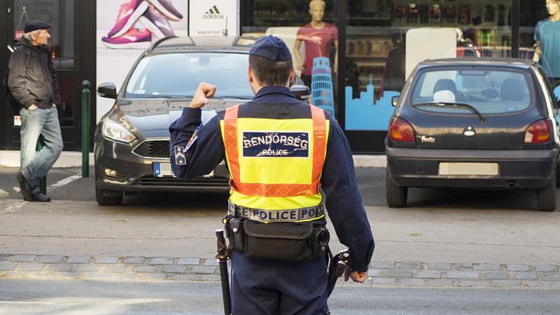 Ebből még baj lehet - egyre kevesebb rendőr járőrözik Budapesten