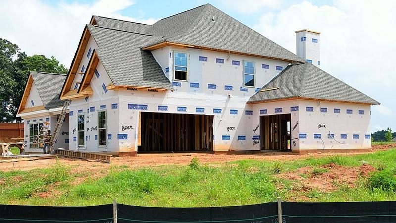 Lakásépítés: vidéken nagyot fordult a világ