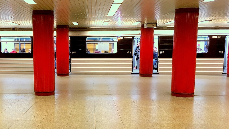 Nem úgy, nem ott rozsdásak a metrókocsik