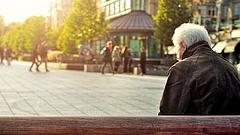 Kérdőjelek a nyugdíjasok beoltása körül