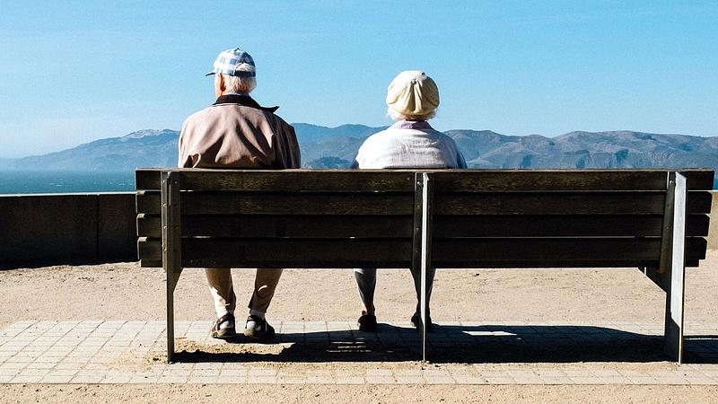 Csúnyán keresztbe tett a kormány a nyugdíjasoknak