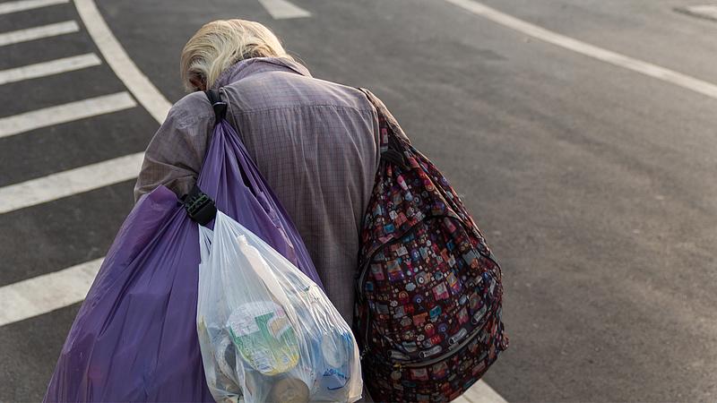 A nyugdíjalapból 10 milliárdot vont el az állam, a kormány szerint ez így van jól