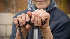 Lesz Magyarországon alapnyugdíj? - Meglepő válasz érkezett
