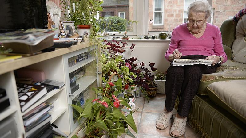 Nyugdíjak: közleményt adott ki a posta