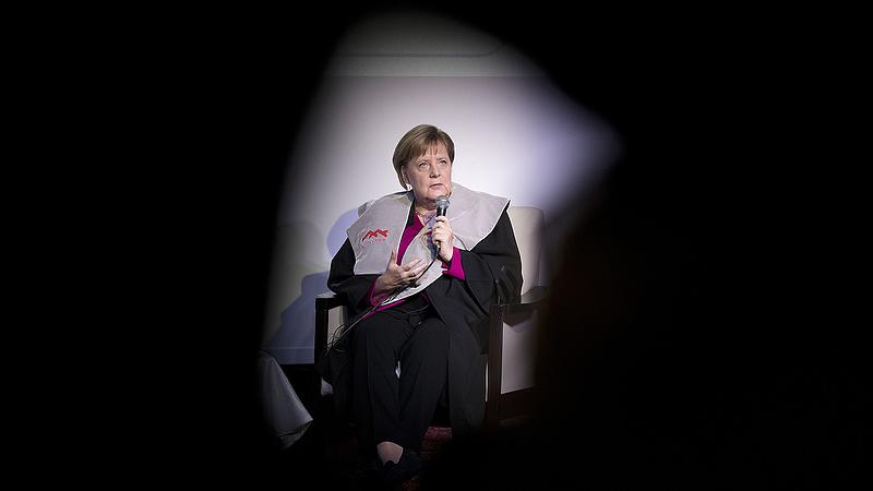 Ajtót mutattak Merkelnek