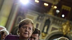 Kétségbeesett segélykiáltás Merkelhez