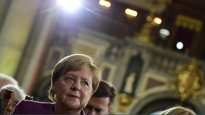 Kellemetlen visszajelzést kapott Merkel és kormánya