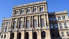 Az Alkotmánybírósághoz fordult Lovász László