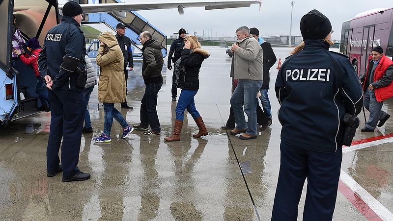 Friss jelentés érkezett a Németországba érkező menedékkérőkről