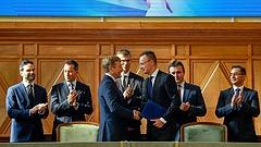 Szijjártó elárulta, mennyit fizet a magyar állam a BMW-nek