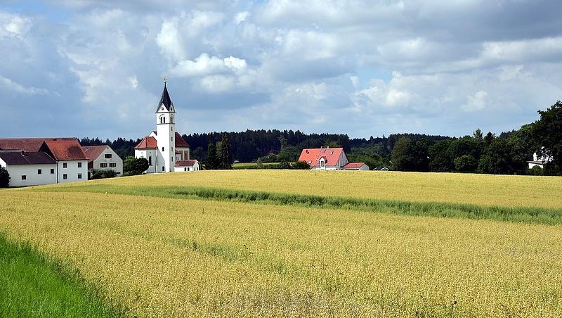 Jelentős ingatlanvagyont ajánl fel az állam a falusi önkormányzatoknak